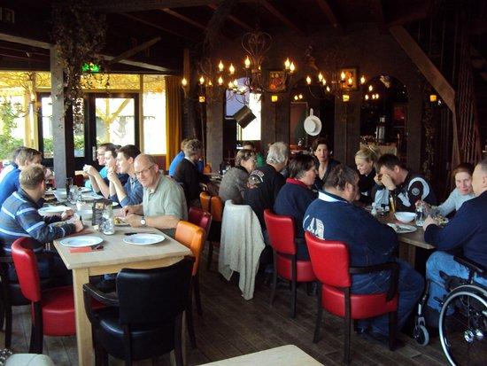 Tubbergen, Nederland: Heerlijk en sfeervol dineren