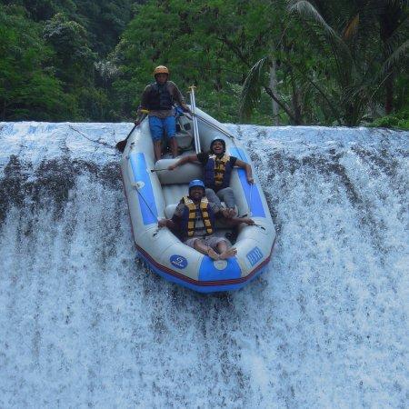 Bali White Water Rafting: photo1.jpg