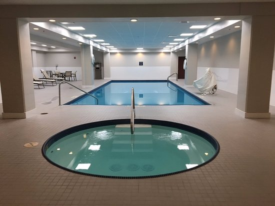 Crowne Plaza Cleveland at Playhouse Square: Renovated Indoor Heated Swimming Pool