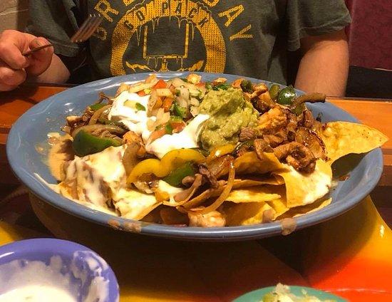 Guadalajara Mexican Restaurant Nachos Texanos