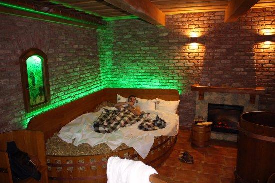 lit de paille foto beer spa pivni lazne spa beerland praha tripadvisor. Black Bedroom Furniture Sets. Home Design Ideas