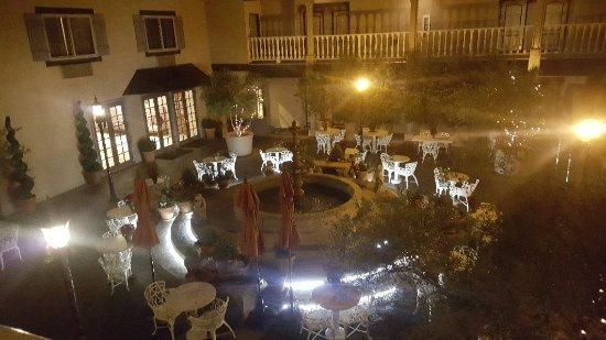 Ayres Hotel Costa Mesa - Newport Beach: 20171209_191934_large.jpg
