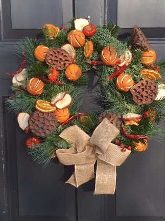 Вудбридж, UK: Christmas Wreath