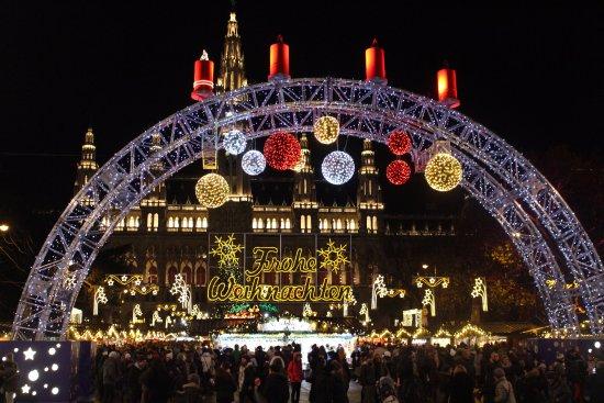 christmas market on rathausplatz christmas markets - Vienna Christmas Market