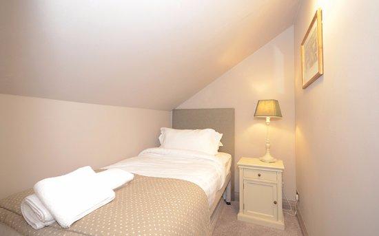 Sowerby Bridge, UK: Rooms