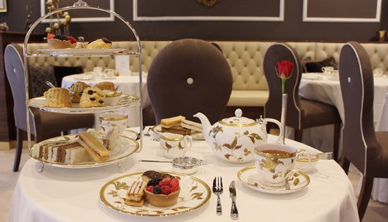 Mrs B's: An English Afternoon Tea