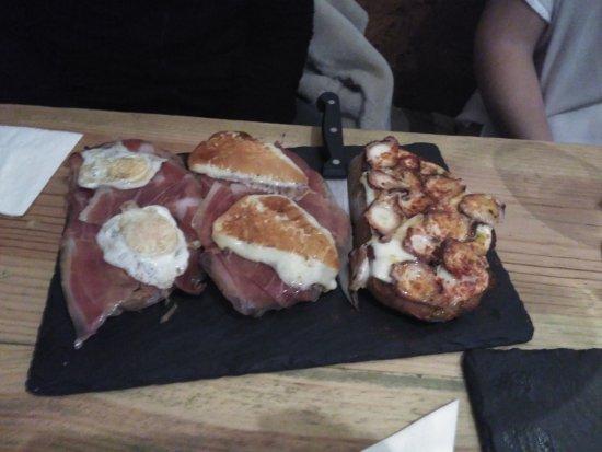 Ponteareas, Espanha: Tostas variadas