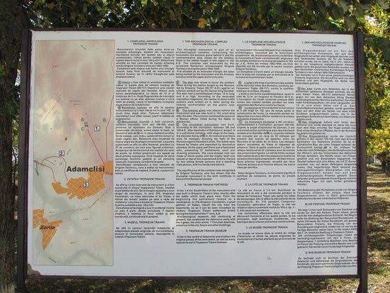 Tropaeum Traiani Monument: info