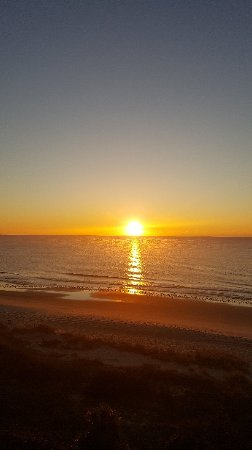 Beach Colony Resort: 20171210_071850_large.jpg