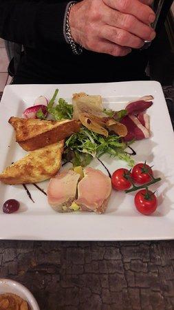 Saint-Sebastien-sur-Loire, Francia: assiette foie gras
