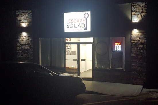 Camrose, Canadá: The Escape Sqaud