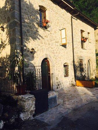 Posta Fibreno, Италия: getlstd_property_photo