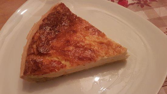 Areches, Francja: Torta salata al Reblochon