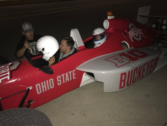 Speedway, อินเดียน่า: Ride in a 2 seat Indycar