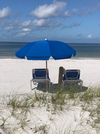 Key Adventures And Events Beach Lounges Umbrellas 2 Chair 1 Umbrella Combos