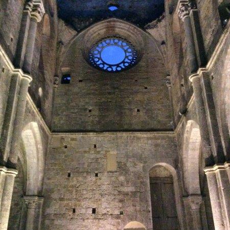 Chiusdino, Italia: Suggestiva!!