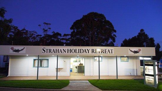 Strahan Holiday Retreat : Reception