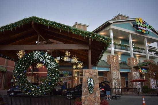 margaritaville island hotel christmas time picture of the island rh tripadvisor com
