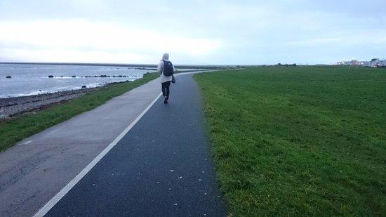 Salthill-Promenade: Lovely walk