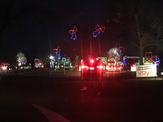 Altoona, IA: Jolly Holiday Lights at Adventureland!