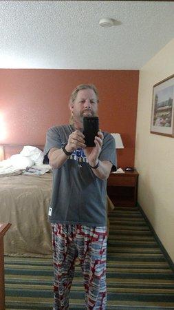 Medford, OR: Me being goofy in room