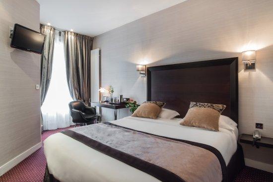 Chambre Luxe - Picture of Hotel Virgina, Paris - TripAdvisor