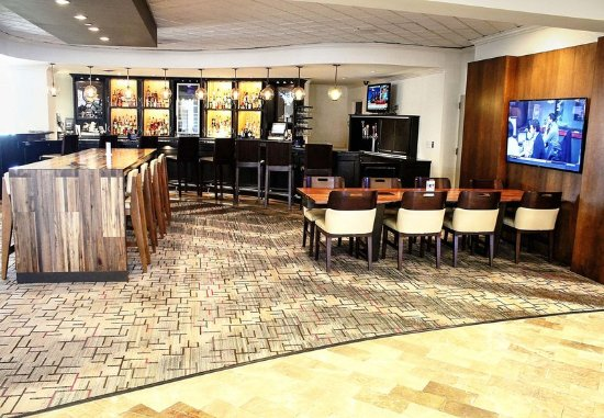 Ypsilanti, MI: Bar/Lounge