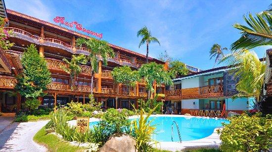 Red Coconut Beach Hotel Updated 2018 Reviews Price Comparison Boracay Philippines Tripadvisor