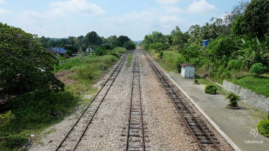 Railways in Bekok