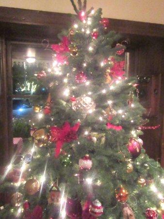 Swiss Hotel Bar and Restaurant: Christmas Tree, Swiss Hotel Bar and Restauramt, Sonoma