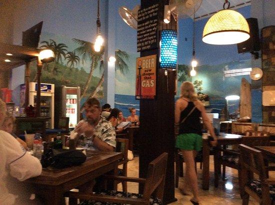 Wayan & Friends : The restaurant