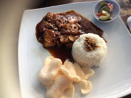 Wayan & Friends : Beef in soy