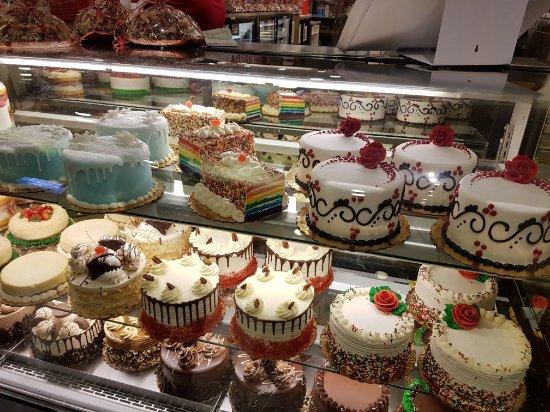 Cake Boss Overrated