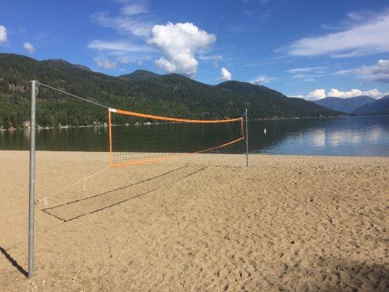 Volleyball net at Christina Lake Provincial Park