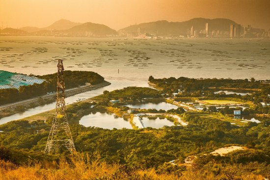 Hong Kong, Cina: Great Outdoors - Yellow - Tuen Mun