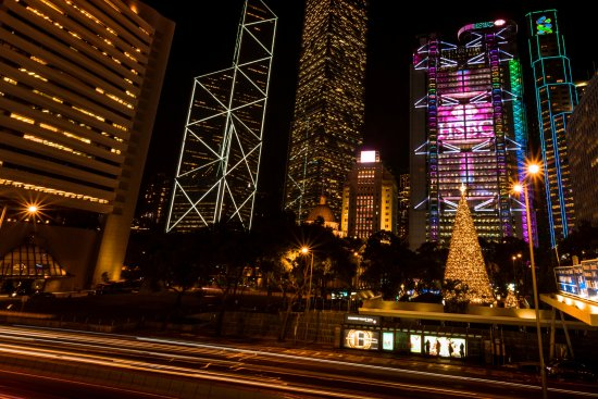 Hong Kong WinterFest - The Statue Square Christmas Tree