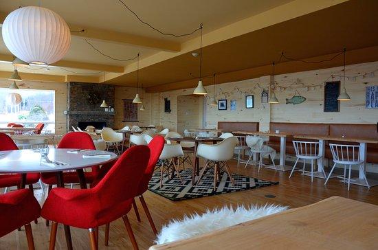 Sutton, Canada: La salle du restaurant