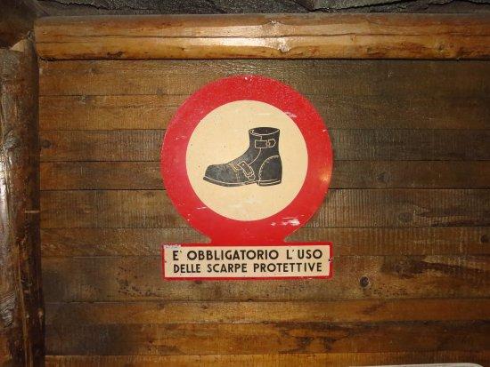 Perticara, Italy: Miniera