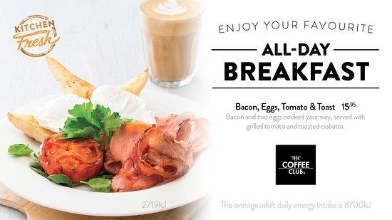 Coolum Beach, Australia: Bacon Eggs Tomato & Toast