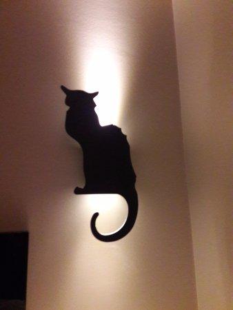 Hôtel Le Chat Noir : abat-jour