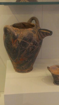 Heraklion Archaeological Museum: Керамика