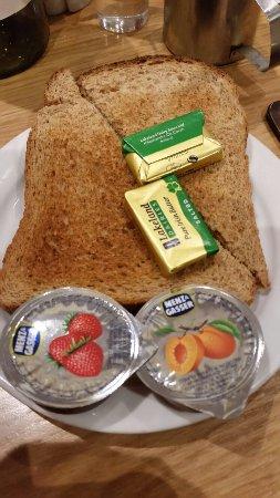 Queen's Hotel: Lovely breakfast!