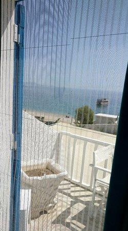 Mavi Beyaz Hotel : IMG_20170909_133315_large.jpg