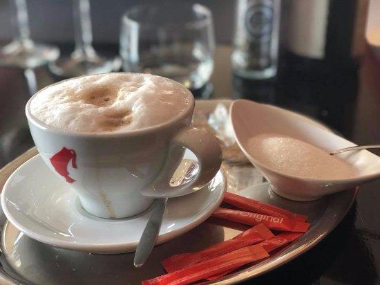 Weert, Niederlande: Cappuccino