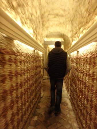 Las Casas de la Juderia : Tunnel menant aux chambres