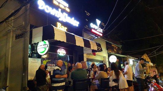 Downunder Bar