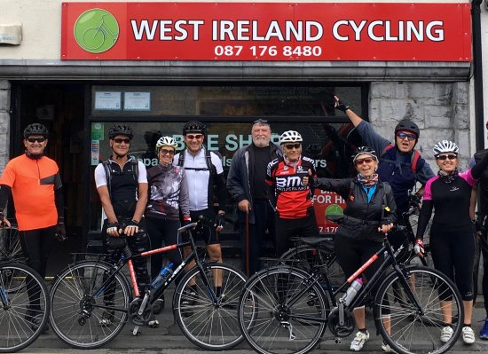 West Ireland Cycling: A happy gourd about to start their cycling holiday in Ireland