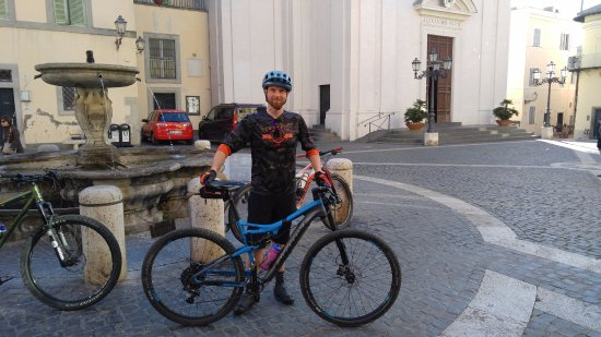 Lyndonville, Вермонт: Riding through Italy