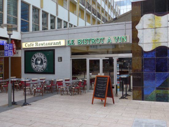 Courbevoie, Frankrike: Le Bistrot a Vin