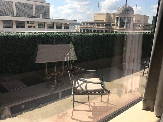 The Madison Washington DC, A Hilton Hotel: balcony